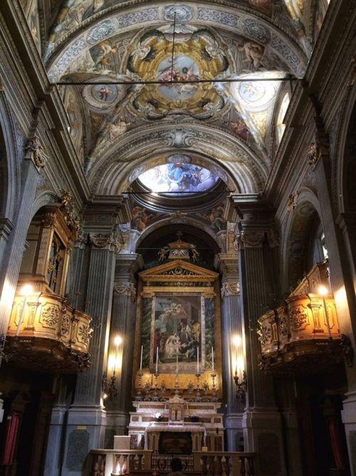 Chiesa di Santa Lucia interno