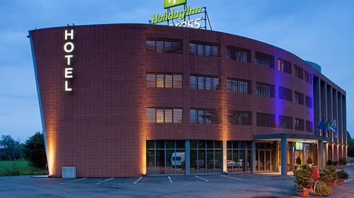 Veduta esterna dell'Holiday Inn Express di Parma