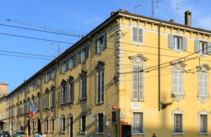 Palazzo della Riserva o delle poste