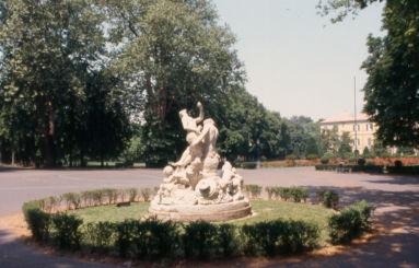 Parco Ducale statue