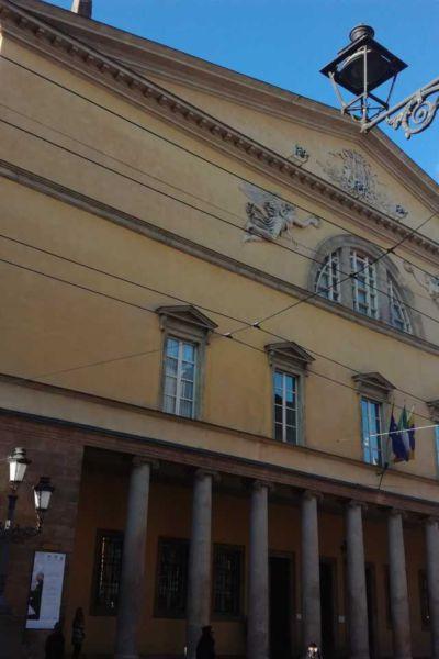 Teatro Regioe esterno