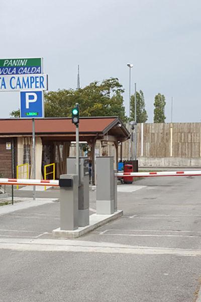 Aire de stationnement de camping-car