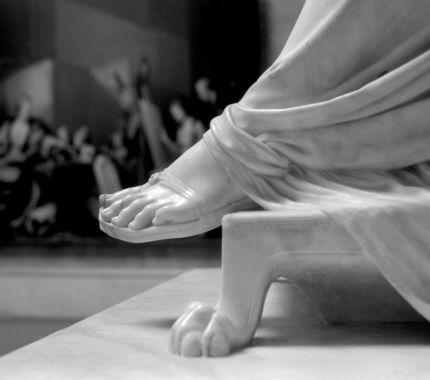 Statua di maria Luigia, particolare