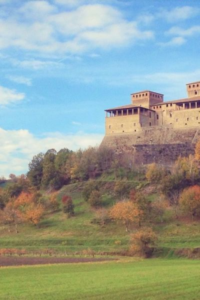 Veduta di Torrechiara, ph. Assaporanppennino, www.assaporappenino.it