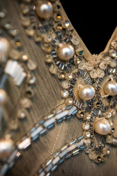 Foto_ d'archivio_abito in perle e seta_courtesy Mercanteinfiera